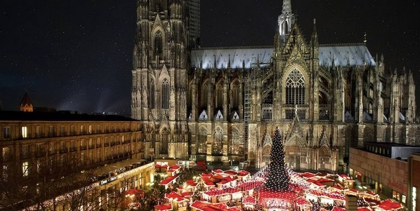 Christmas Markets in Paris and Cologne.