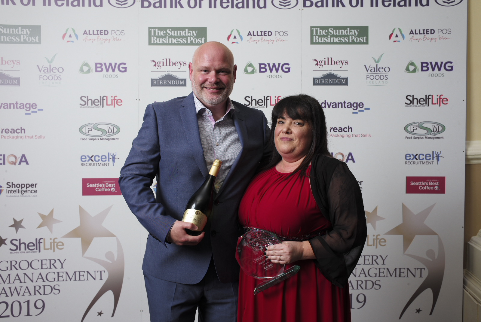 CEO Barry Whelan presents HR Manager of the Year to Jessica Maher of SuperValu Lucan